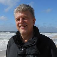 Dr. Peter Burk